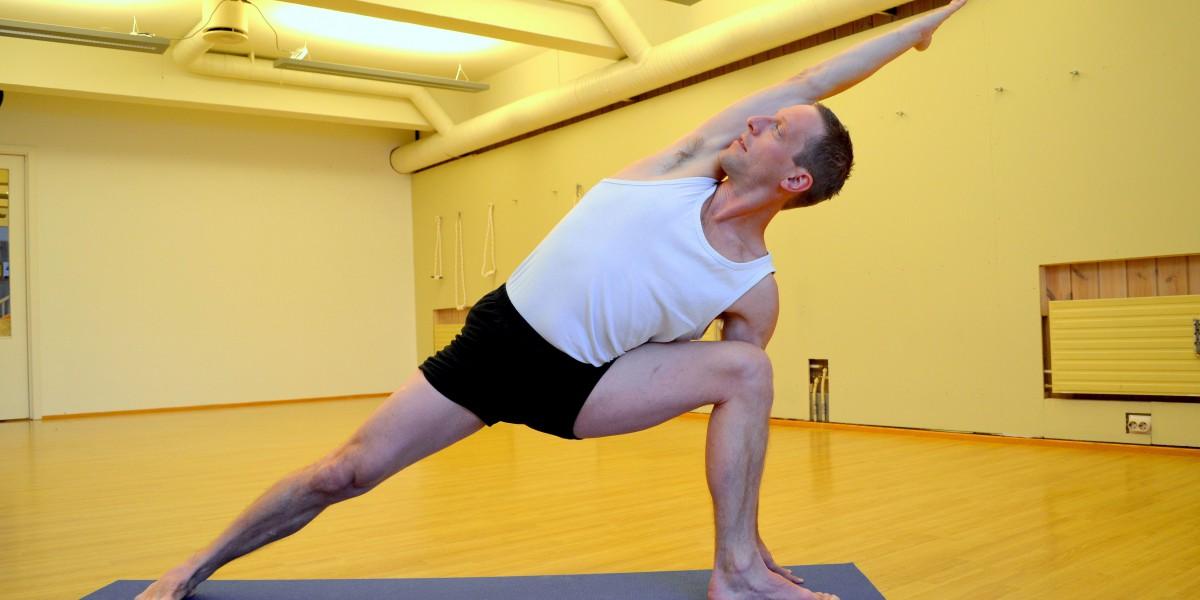 Martin-Yoga-2-ny