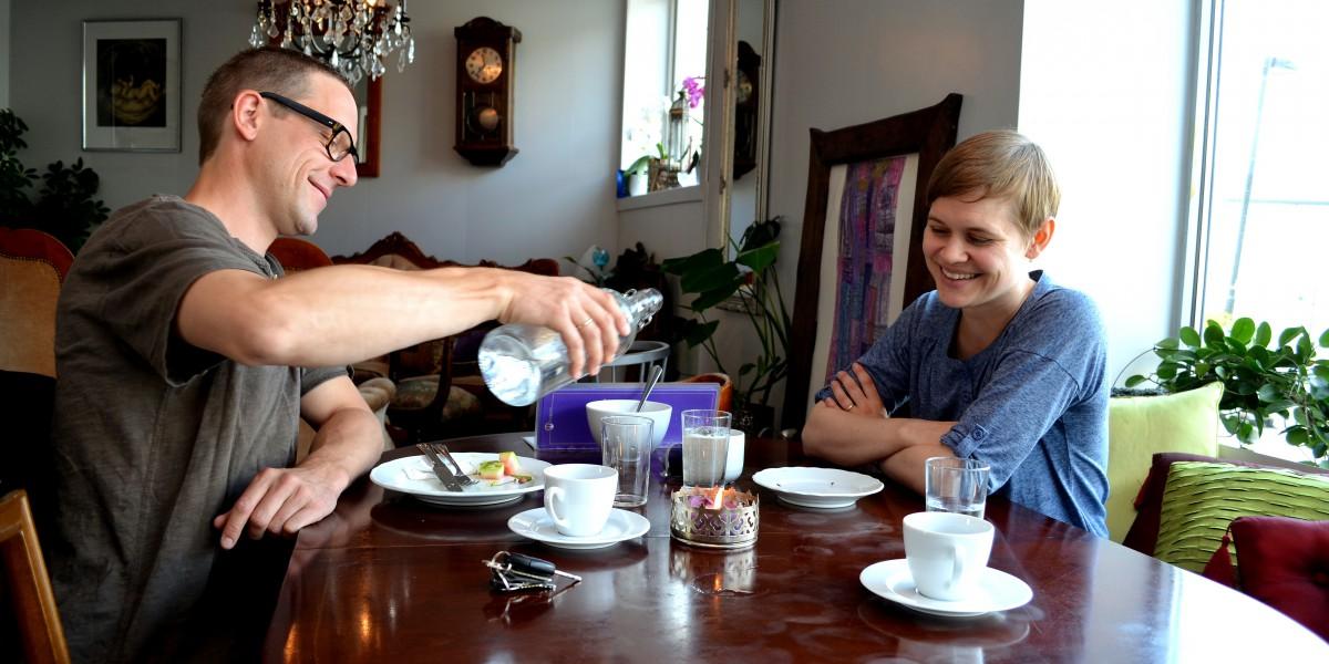 Martin og Alexandra på kafe
