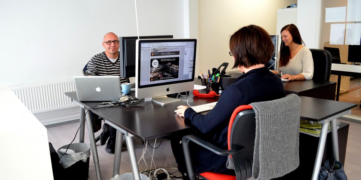 Hovedvekten av kundene til designbyrået Jöss holder til i Oslo. Nå jobber byrået for å kapre seg en sterkere posisjon også lokalt i Elverumregionen.