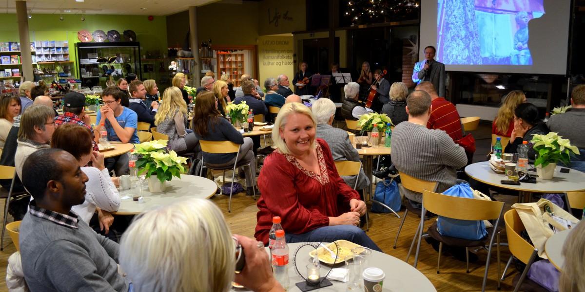 Kultursjef i Elverum, Line Rustad, koste seg på innflyttertreffet sammen med over 70 nye elverumsinger og åmotinger.